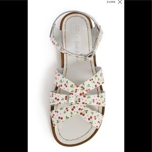 Salt Water Cherry Sandals NIB Size 8 Leather
